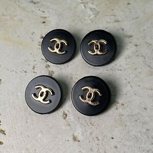 2 CHANEL METAL BUTTONS BLACK GOLD 18mm Lot Of 2