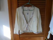 ladies cream bolero shrug with shiny floral edge size M from Old Navy