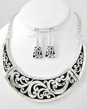 Cowgirl Bling Shiny Silver Engraved Metal Swirls Bib Necklace Set