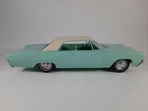 Vtg 1964 Pontiac Grand Prix 2 Tone 2 Door Friction Promo Plastic Car