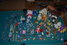 Spielzeug Konvolut Stofftiere Hello Kitty Schmuck Holzspielzeug Sammelfiguren...