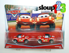 *DISNEY CARS LOT - SUPERFAN MIA & SUPERFAN TIA - 2-PACK - 95 RACE FANS*