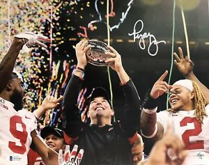 Ryan Day Signed Autographed Ohio State Buckeyes 11x14 Photo Beckett