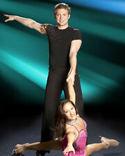 Dancing with the Stars [Cast] (41390) 8x10 Photo