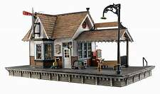 WOODLAND SCENICS BUILT & READY N SCALE BUILDING THE DEPOT - LED LIGHTING