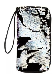 Claire's Velvet Reversible Sequin Wristlet Black New with Tags
