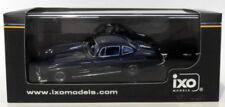 Voitures, camions et fourgons miniatures en plastique IXO pour Mercedes