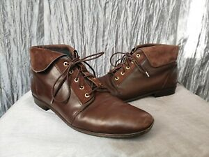 Vintage leather boots 9 (approx) brown turnover flat pixie ankle lace-up shoe