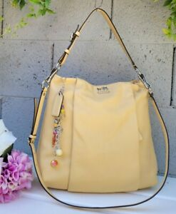 Coach Isabelle leather Hobo Shoulder Bag Tote canary yellow leather purse 21224
