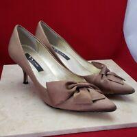 Nina Brown Satin Bow Heels Size 7.5