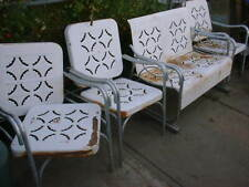 Metal Patio Glider Bench With 3 chairs Retro Vintage Style White-rust  PATTERN