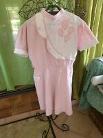 robe fillette -12ans rose ,tissu floqué ,