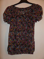 Summer Top by Gina Tricot - floral design - Swedish - good condition - bargain