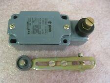 SUNS PBM30-EP-D24E-G-P1 30mm 24V LED Green Pushbutton 9001K2L35GH13