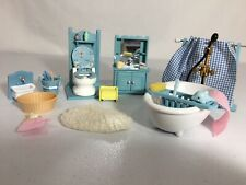 Calico critters/sylvanian families Vintage bathroom furniture with accessories