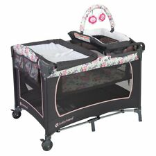 Baby Trend Lil Snooze Deluxe Nursery Center Playard Play Crib w/ Bassinet, Flora