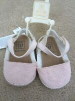 NWT BABY GAP GIRL'S SANDALS CRIB SHOES PINK EYELET EASTER
