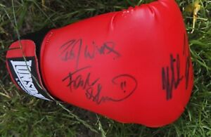 MIKE TYSON USA & FRANK BRUNO GB LEGENDS OF BOXING AUTOGRAPHED GLOVE SIGNED