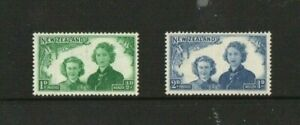 A LOVELY 1944 NEW ZEALAND MINT SET OF 2 HEALTH STAMPS