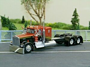 """Dcp Custom stretched&lowered gold/black KW W900A 36""""sleeper 1/64"""