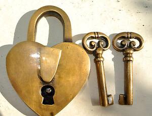 """PADLOCK 3"""" Vintage stye antique HEART LOVE solid brass 2 keys heavy lock bridge"""