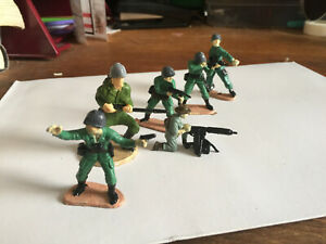 Lot of 6 painted plastic allied soldiers 1/35 ANZAC US war in the Pacific WW2