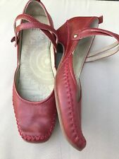 Clarks 6.5 Mid Heel Mary Jane Style Red Leather Strapped Comfy Boho