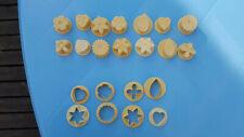 Lot de 14 empreintes et 8 emportes pieces decoupes pate decoupoir patisserie