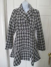 NWT COFFEESHOP HOUNDSTOOTH GRAY & WHITE DOUBLE BREASTED COAT SIZE S MUST SEE!
