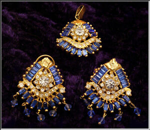 Vintage India Bridal Kundan Gold Sappire Topaz Pendant & Omega Back Earring Set