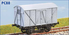 OO gauge GWR 10 Ton Banana Van Fruit B Diag Y4 - Parkside PC88 -free post