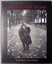 Fishbein, Anne; Schmidt, Chris; Sobieszek, Robert A.: On the Way Home: Photograp