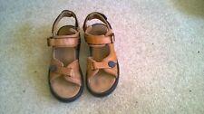 Masai Barefoot Technology Sandalias Tamaño 8-Marrón claro