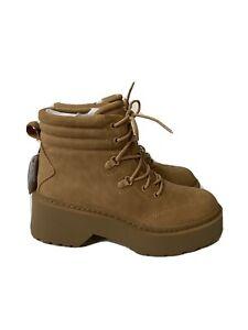 Women Bershka Boots Size 7