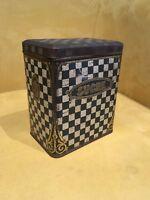 Boîte à sucre motifs à damier en métal et dorures marqué MF époque fin XIXe