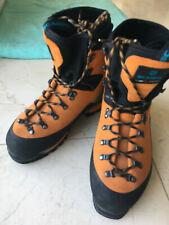 Chaussures montagne SCARPA Mont Blanc GTX EU 43 utilisées 5h / worn 5h only UK 9