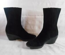 COLE HAAN Nike Air Sz 8.5 Black Suede Leather Wedge Pull Om Ankle Boots D22638