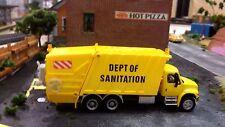 BOLEY HO SCALE SANITATION GARBAGE TRUCK1:87  DIE CAST & PLASTIC, BRAND NEW!