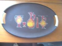 A Large Retro 70's Speckle Drinks Motif Twine Handled Fibreglass Carry Tray