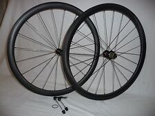 Carbonal 38mm deep x 25mm wide carbon clinchers with Novatec hubs