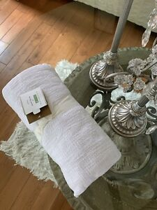 """Pottery Barn TEXTURED TASSEL Throw Blanket 50x60"""" White New With Tags"""