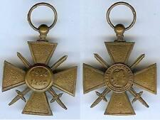Médaille - Croix de guerre 1914/1917 face avant plate au lieu de bombée