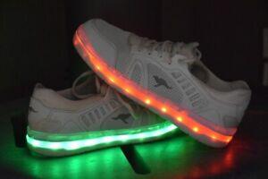 LuXuS LED Schuhe Kangaroos 38 weiß Perfekt für dunkle Tage Schuhe mit Licht