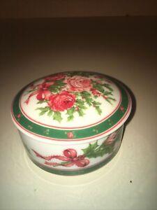 Vintage Lefton Japan 1990 Holly & Roses Porcelain Christmas Trinket Box Dish