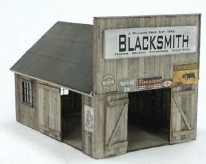 HO SCALE BANTA MODEL WORKS #2125 Blacksmith Shop