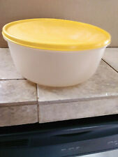 Tuperware 4Qt. Bowl Sheer/Yellow Serve & Store