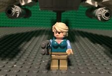 Custom Lego Star Wars Human Girl with Blue and White courier/Speeder
