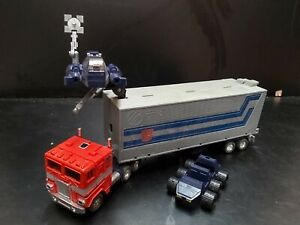 classic/vintage G1 TRANSFORMERS : OPTIMUS PRIME 1985 ACTION TOY FIGURE LORRY