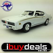 1/18  Scale 1969 Pontiac GTO Judge Diecast Model