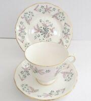 Elegant Colclough Pattern 8366 English Bone China Cup Saucer Plate Trio